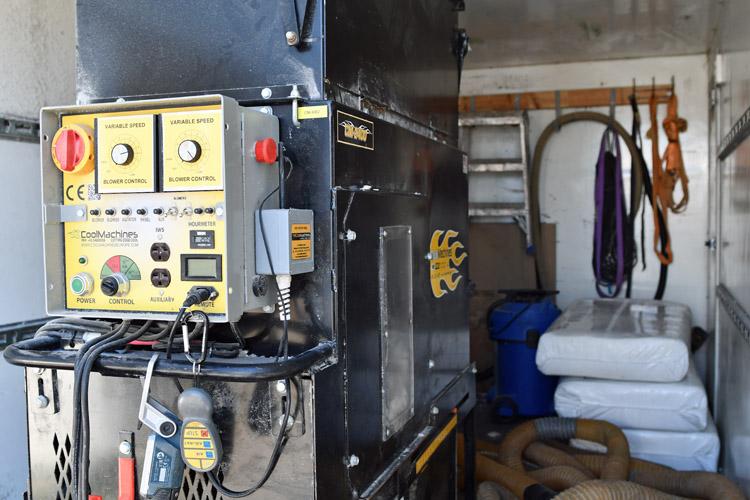 cm-2400 isoleringsmaskine i trailerløsning