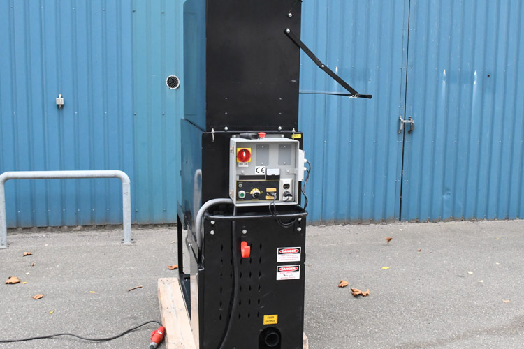 Indblæsningsmaskine CM-2400 med betjeningsvenligt kontrolpanel