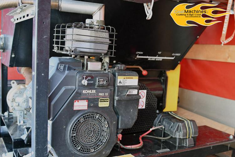 kraftig benzindreven motor på isoleringsmaskinen